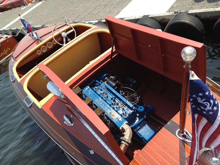 1940 17' Chris Craft Deluxe Barrel Back Runabout