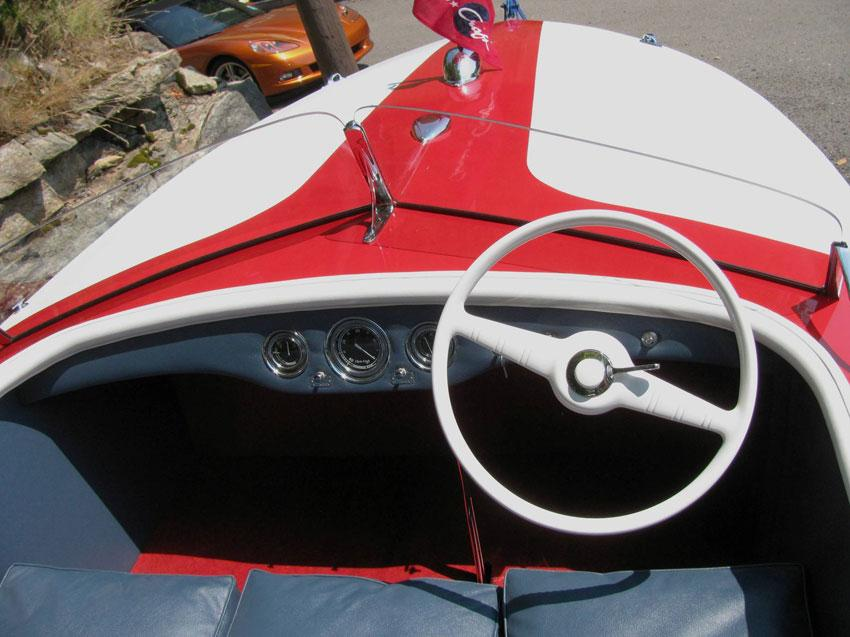 1947 19' Chris Craft Racing Runabout