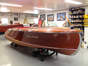 1952 18' Chris Craft Riviera