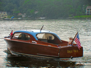 1953 22' Chris Craft Custom Sedan