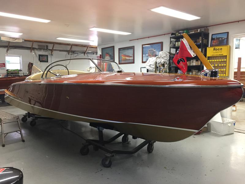 1955 21' Chris Craft Cobra (Hull #17) powered by a Cadillac CM 285HP 8 Cylinder Engine
