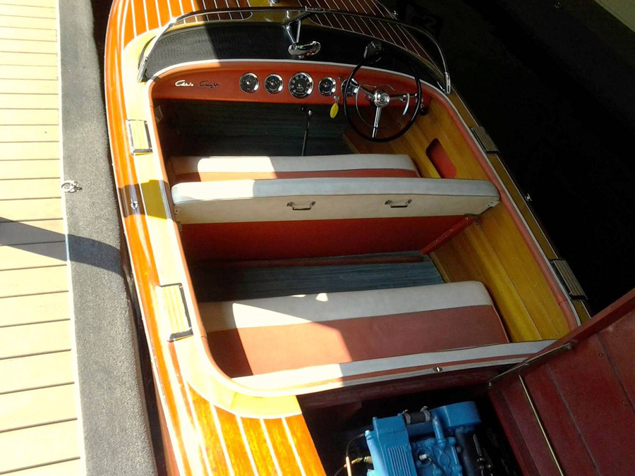 1957 19' Chris Craft Capri
